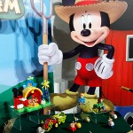 Mickey Mouse Master Moves and Farm Play Set